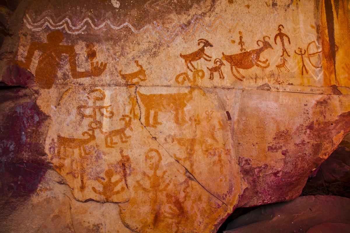 Ancient rock paintings near Sedona, Arizona photographed by Tom Till