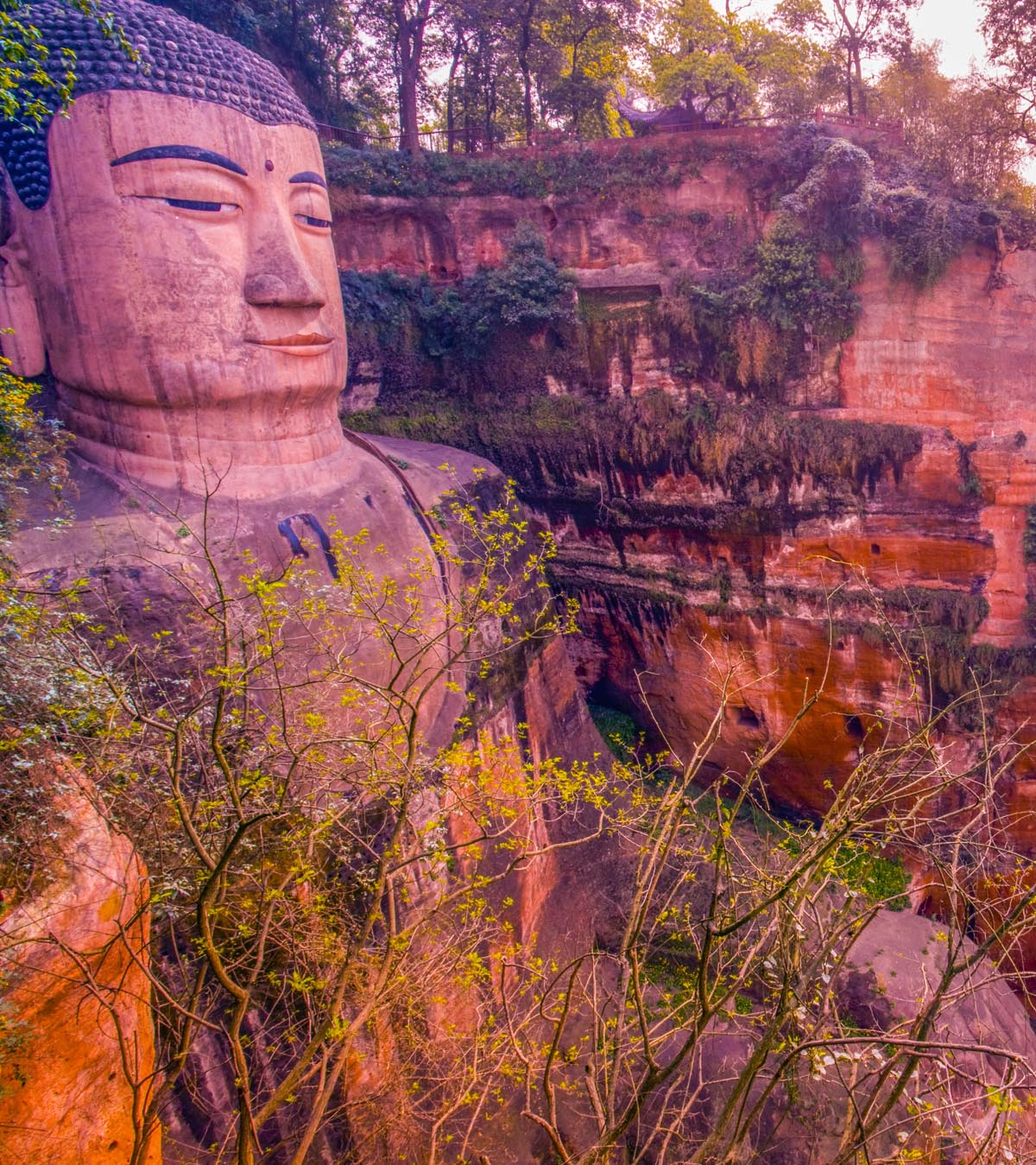 Leshan Great Buddha statue Sichuan Province, China photographed by Tom Till