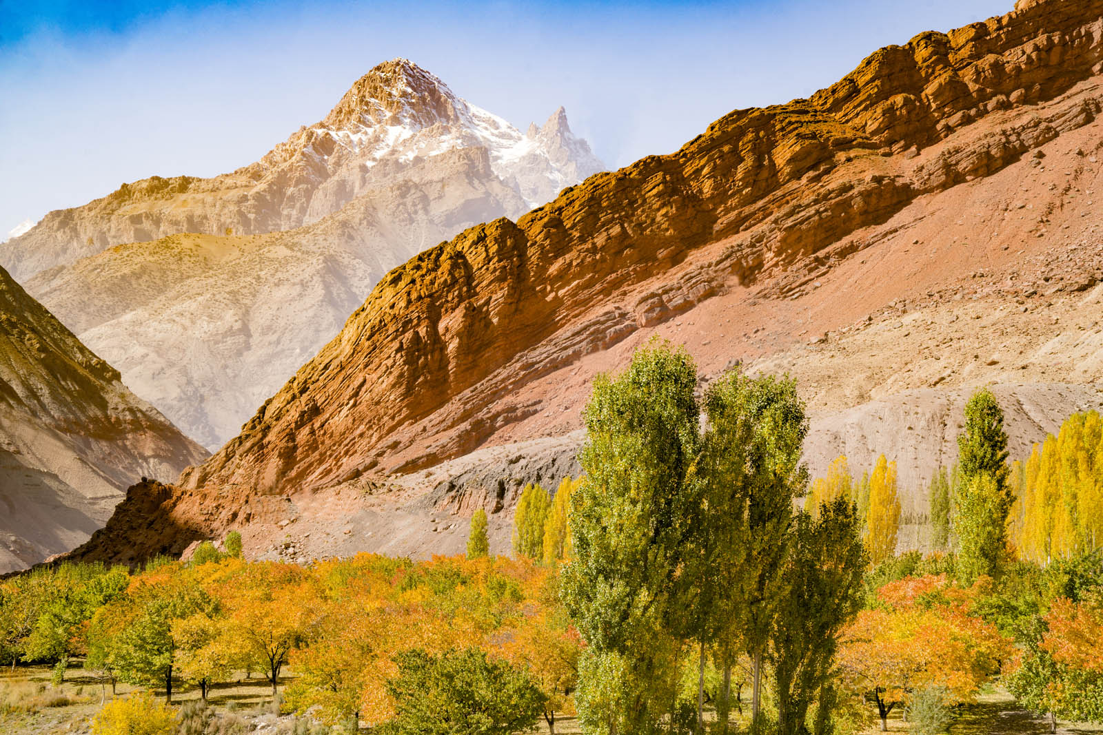 Gissar Mountains in autumn, Tajikistan, Central Asia photographed by Tom Till