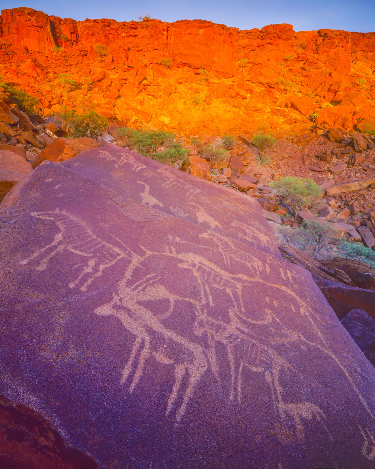 petroglyphs, Twyfelfontein Mountains, Namibia photographed by Tom Till